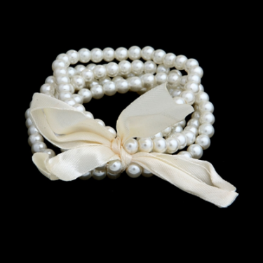BB01 Pearl and Bow Bracelet